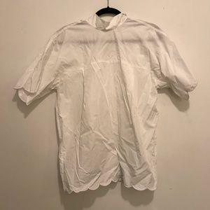 White blouse with cute rim detail